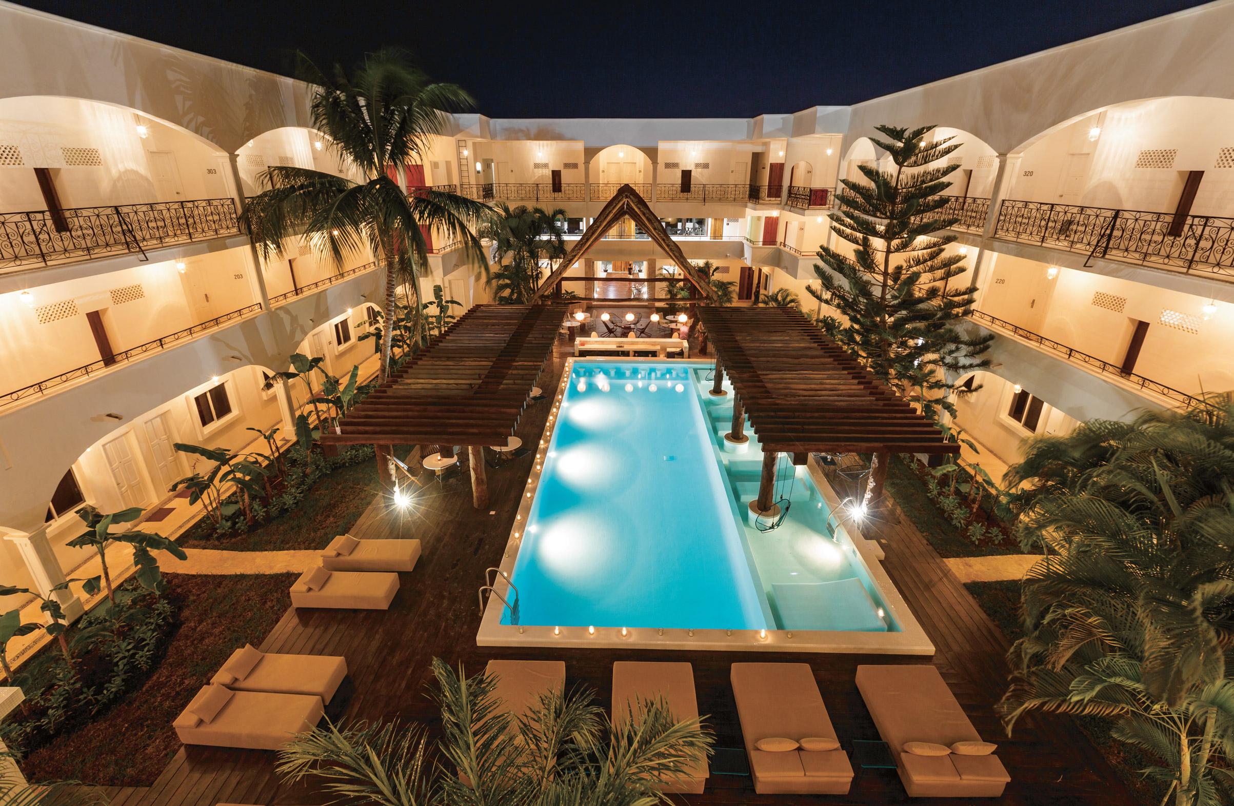 hm playa del carmen riviera maya transat. Black Bedroom Furniture Sets. Home Design Ideas