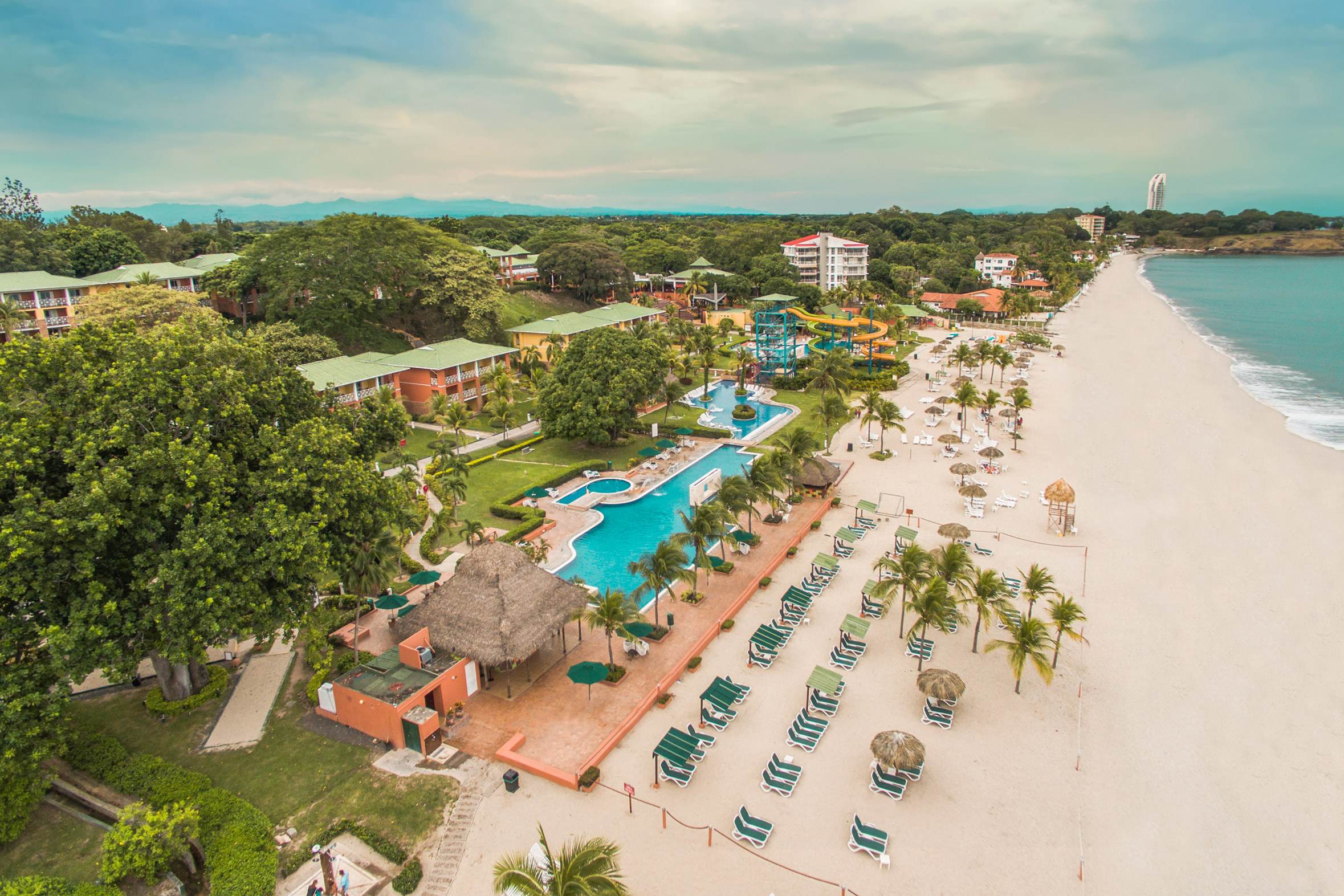 Royal Decameron Golf Beach Resort & Villas Panama