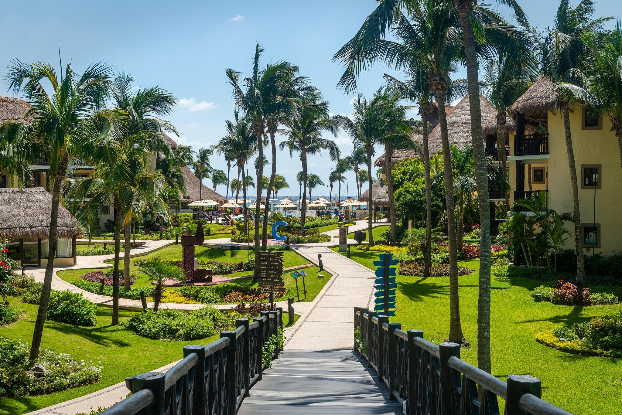 Catalonia Yucatan Beach Resort Spa