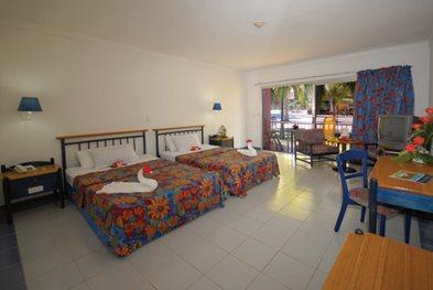 Brisas-del-Caribe-Room-002-Villa.jpg?height=263