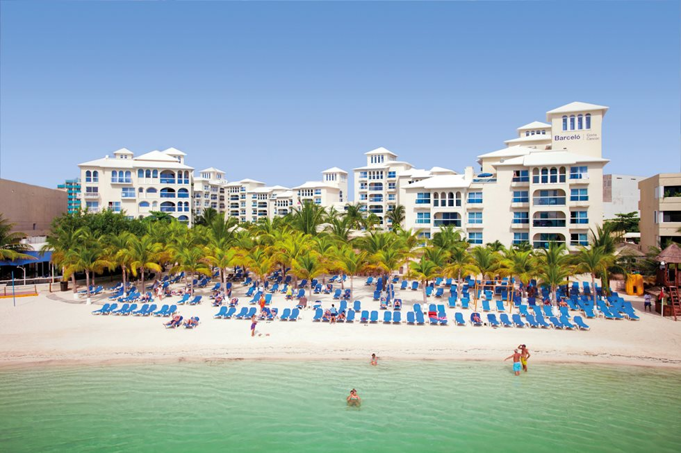 how to get from riviera maya to cancun