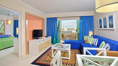 Melia marina varadero apartments varadero transat for Apartment wifi plans