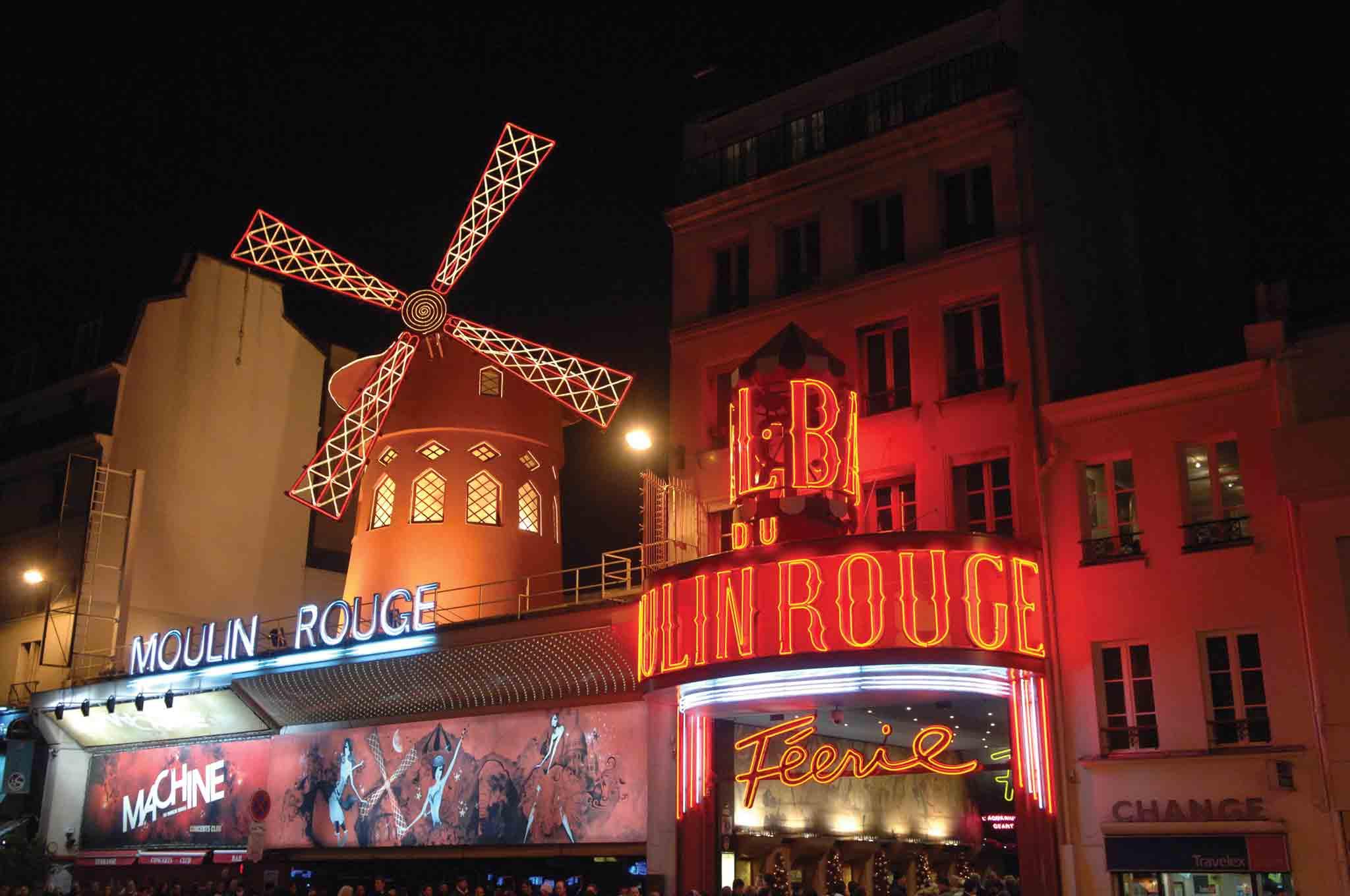 Illuminated Tour Of Paris Amp Moulin Rouge Paris Transat