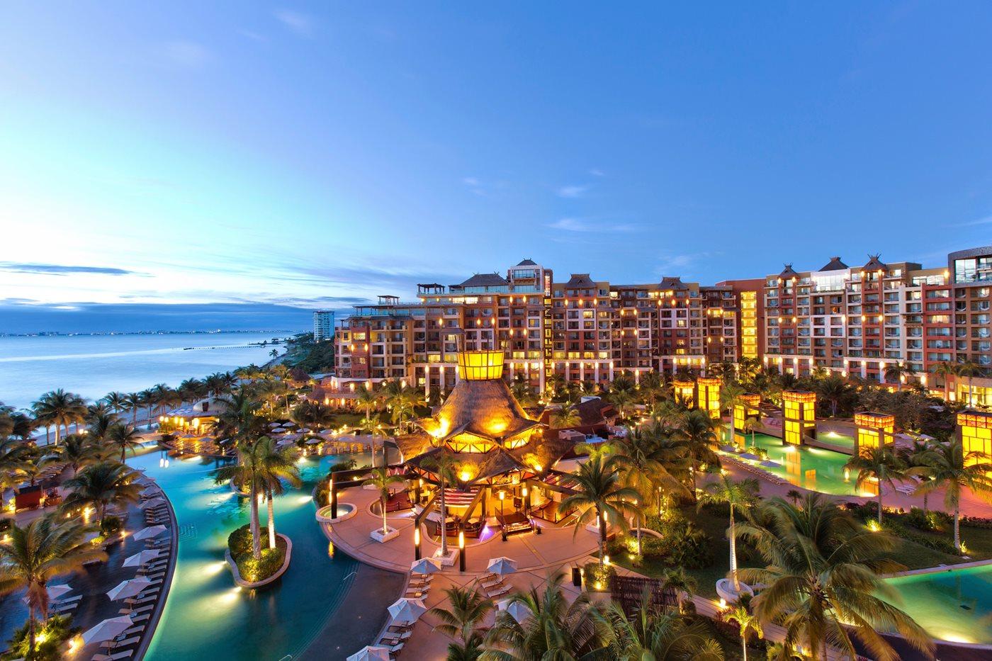 Villa Del Palmar Luxury Beach Resort Spa