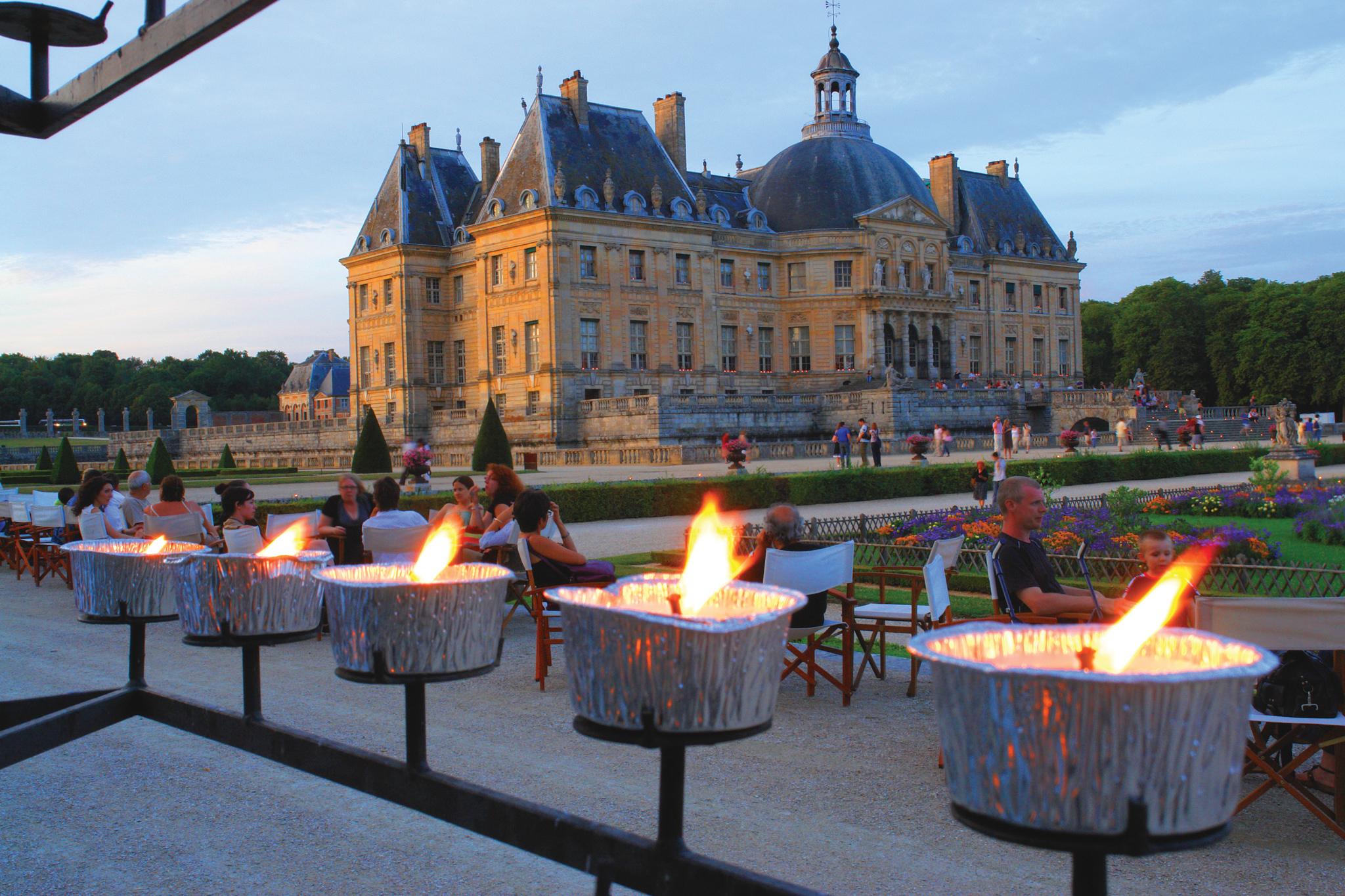 Dinner candlelight visit at ch teau vaux le vicomte paris transat - Visite vaux le vicomte ...